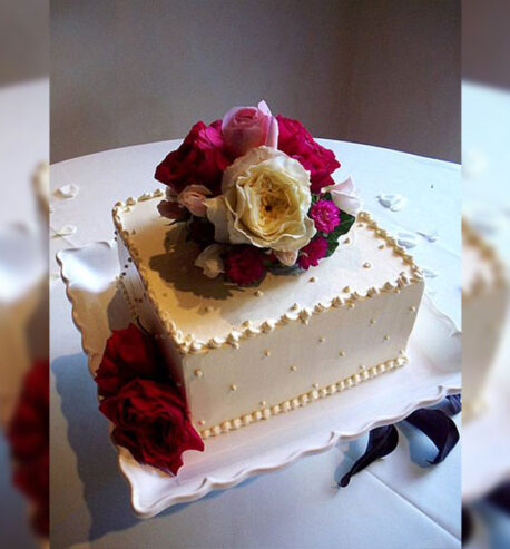 attachment-https://cakewithus.com/wp-content/uploads/2021/04/single-tier-wedding-cake-4-kg-680-aed-458x493.jpg